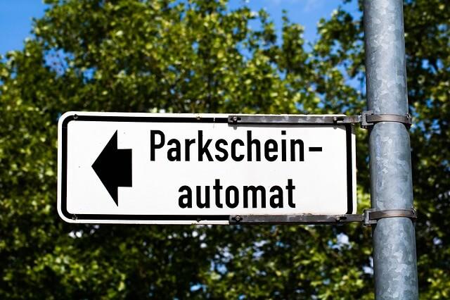Parkeerapp VS parkeerkaartje